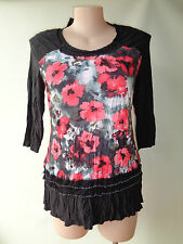 New Black red top floral print design crinkle EVERSUN size 10 NWT 3/4 sleeves