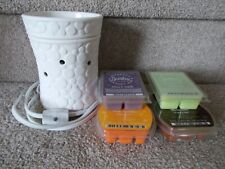 Scentsy White Fizz Warmer  with 4 candle bars