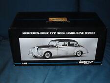 1:18 Mercedes-Benz 300c Limousine - schwarz-silber - RICKO - NEU in OVP