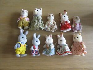 SYLVANIAN FAMILIES FIGURES SET LOVELY CONDITION