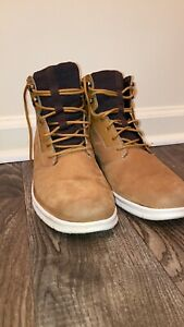 timberland Graydon Hoverlite boots men's 8.5, In Excellent Condition.