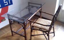 tavolo vintage in bambu e piano in vetro con sedia