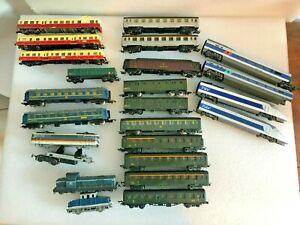 a saisir lot de wagons et locomotives train electrique