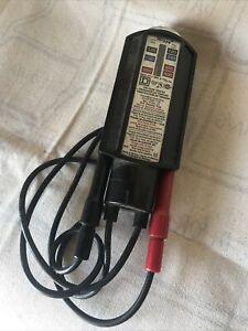 Square D Wiggy Voltage Tester Class 6610 Type VT-1