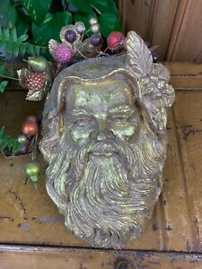 VINTAGE STYLE ORNATE GOLD GILT GREEN MAN PAGAN FACE MEDIEVAL WALL HANGING PLAQUE