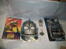 The Iron Giant Build & Battle New & Comic Book-Keychain-Jointed Figure & Mask