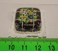 1:12 Scale  Dolls house Miniatures Cake ( T 9)