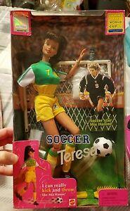 1998 SOCCER TERESA BARBIE - NEW IN BOX