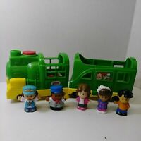 Fisher Price Little People Green Train Sounds Lights with 5 People