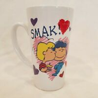 Charlie Brown Peanuts Valentine's Day Smak Coffee Mug Cup Lucy Schroeder Kiss