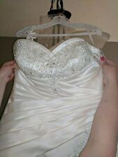 morie lee wedding dress, new with tags, size 20 NOT altered, never worn