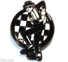 2 Tone Ska Man Dancing Skankin Reggae MOD Metal Scooterist Bike Enamel Badge