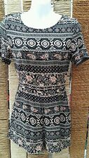 HEARTS & BOWS Ladies Floral Short Sleeved Shorts Playsuit Size 8
