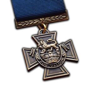 Full Size Replica Victoria Cross Medal & Naval Ribbon. Highest Military Honour