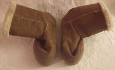 Brown Womens Boots Size 6/7 Small Snow Outdoor Shoes Fuzzy Lining Button Sides