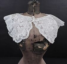 ANTIQUE VALENCIENNES LACE COLLAR TRIM WITH EMBROIDERED WHITE BATISTE INSERTS