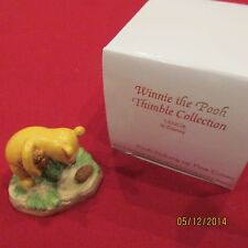 RARE Disney Lenox Winnie the Pooh pine cones Thimble Ceramic Porcelain Figurine
