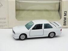 Gama 1/43 - BMW M3 E30 White