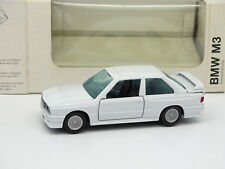 Gama 1/43 - BMW M3 E30 Blanco