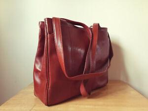 Real Leather Shoulder Bag - Medium Size