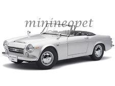 AUTOart 77432 DATSUN FAIRLADY 2000 SR311 1/18 DIECAST MODEL CAR SILVER