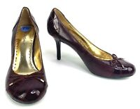 BCBG Girls Maroon Round Toe Heels Pumps Bow Shoes Womens Size 7.5 Patent Leather