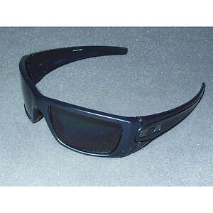 New* Oakley Fuel Cell Sunglasses Matte Black/Grey POLARIZED USA Large Sport Big