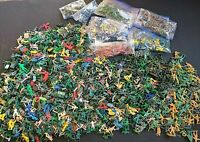 14 lbs of Plastic Figurines, Toy Soldiers, Large Variety, Some Rare, Figures