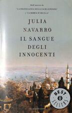 IL SANGUE DEGLI INNOCENTI di JULIA NAVARRO - Oscar Mondadori