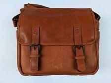 LEICA (Limited Edition)ONABerlin II Vintage Bourbon Messenger Bag
