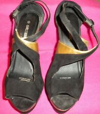 Girl Express Black Suede-Like Wedged Open Toe Heels With Gold Panels. Size 8.
