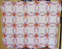 CLASSIC WEDDING RING  ANTIQUE QUILT GREAT QUILTING CLEAN FRESHLY LAUNDERED