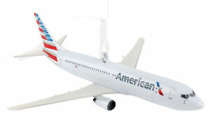Daron American Airlines Flying Toy Plane