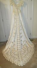 Venus Wedding Dress Size 8 T Style 7240-1579 Tag Attached Pearl Buttons