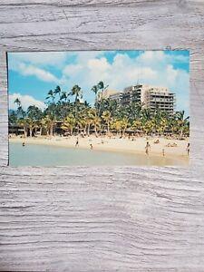 VINTAGE POSTCARD HILTON HAWAIIAN VILLAGE HONOLULU WAIKIKI BEACH SUNBATHING