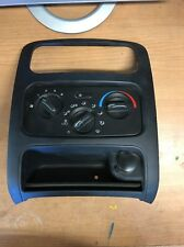 2004 - 2007 JEEP LIBERTY CLIMATE CONTROL A/C WITH POWER OUTLET BEZEL P55037533AD