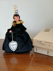 Poupée folklorique régionale Loctudy Tudyne Le Minor étiquette boite doll vintag
