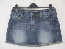"""Gul Surf Company. Minifalda vaquera envejecida. Azul. cintura 33"""" longitud 13"""". Raw dobladillo."""