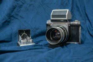 Pentacon Six TL with WLF, metered Prism and Zeiss 80mm 2.8 lens