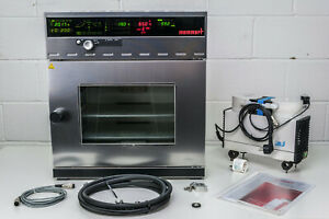 MEMMERT VO200 Vacuum Heating Drying Oven w. PM200 842.3 LABOPORT Vacuum Pump