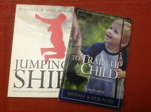 """2 libretti inglese """"Train up a Child"""", """"Jumping Ship"""" (Inglese)"""