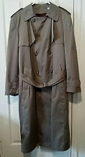 Towne London Fog Men's Trench Coat Beige 40L  Zip Out Lining NWT! Made in USA