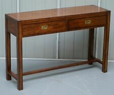 STUNNING VINTAGE MILITARY CAMPAIGN MAHOGANY CONSOLE TABLE WITH TWIN DRAWERS