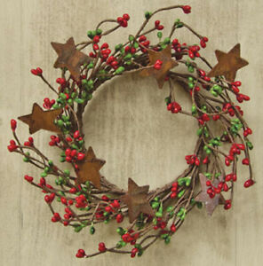 """Candle Ring/ Wreath 4"""" Diameter - Pip Berry in Red & Green - Rusty Tin Stars"""