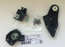 MERCEDES BENZ NEW GENUINE C CLASS HEADLIGHT BRACKET REPAIR KIT LEFT A2048201114