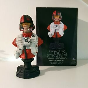 Star Wars Gentle Giant Poe Dameron Collectible Classic Bust