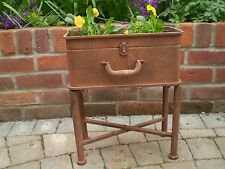 STYLISH ANTIQUE STYLE SUITCASE METAL GARDEN PLANTER ON LEGS.CAN BE USED INDOORS
