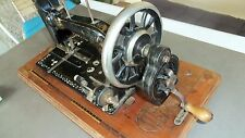 Ancienne superbe machine a coudre manuelle HAID et NEU FABRIKMARKE Bel état