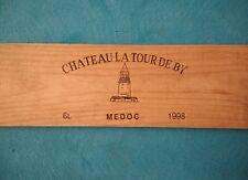 """Façade de caisse à vin """"Château la Tour de By"""" 1998"""