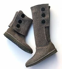 UGG Classic Cardy Boots Tall Grey Knit Sweater Womans Size 9 Three Button Cuffed